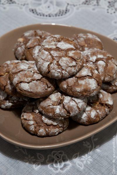 Biscuits craquelés aux 2 chocolats