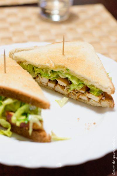 Club-sandwich poulet  & avocat