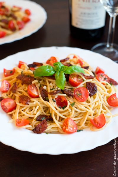 Spaguettis chorizo et tomates cerises
