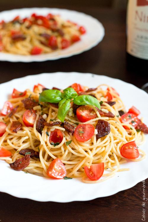Spaguettis Chorizo Tomates