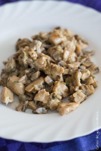 Sauté de poulet aux champignons à la crème