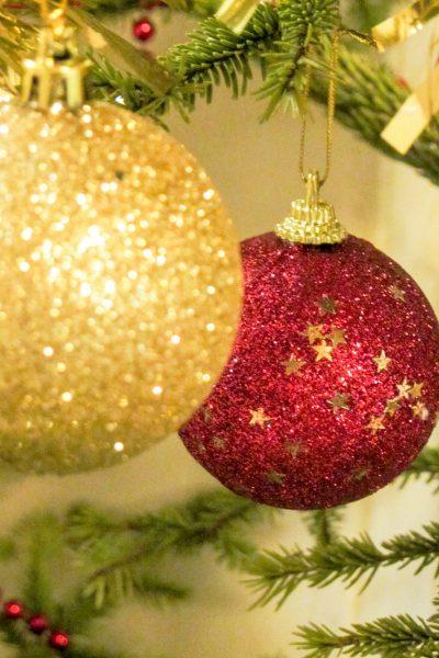 De la bonne bouffe, une petite coupe et un Joyeux Noël !