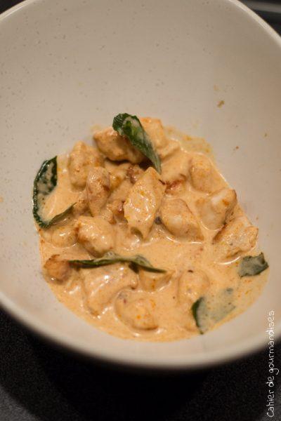 Poulet sauce Massamam, toujours en esprit thaïlandais….