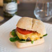 Cheeseburger confit cornichons   Cahier de gourmandises