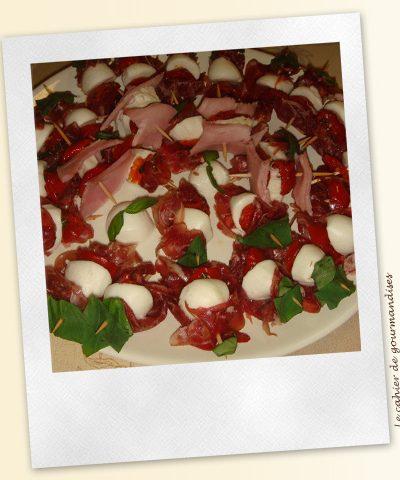 Brochettes Coppa Mozarella Tomates Basilic