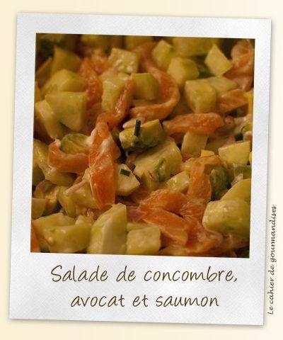 Salade de concombre, avocat et saumon fumé