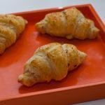 Mini croissants tartare