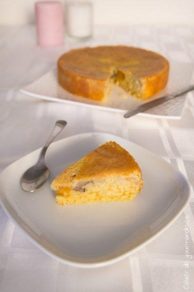 Gâteau aux pêches au sirop