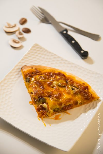 Pizza champignons et chorizo