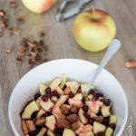 Salade de fruits grenade, pomme et noisettes