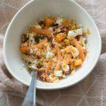 Salade riz lentilles corail aux légumes et saumon