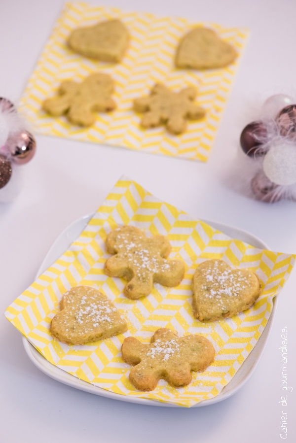 Sablés de Noël aux pistaches | Cahier de gourmandises
