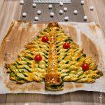 Sapin feuilleté au pesto d'épinards & pistaches