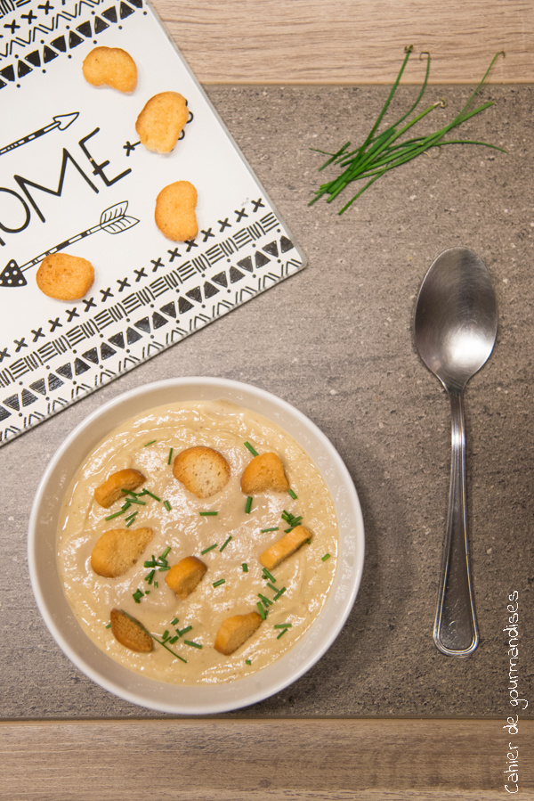 Soupe poireaux chou romanesco | Cahier de gourmandises